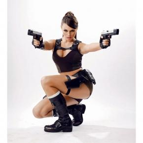 alison-carroll-2012-cosplay-4
