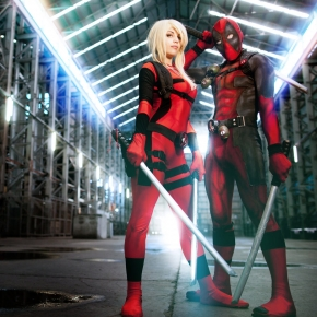 andy-wana-cosplay-photographs-dead-pool
