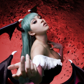 linda-le-vamp-beauty-morrigan-glare-cosplay