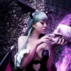 linda-le-vamp-beauty-morrigan-in-love-cosplay