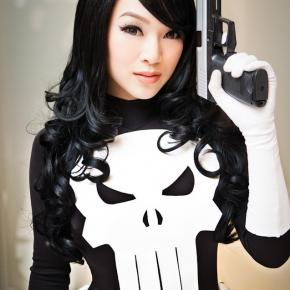 linda-le-vamp-lady-punisher-cosplay