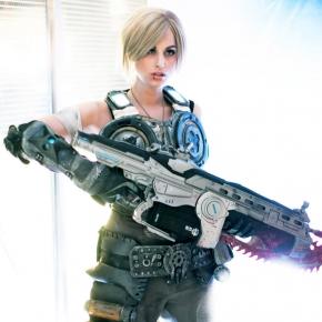meagan-marie-gears-of-war-cosplay