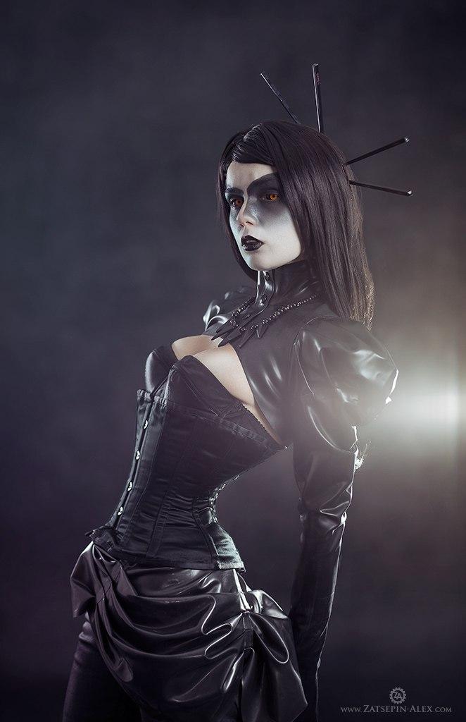 The Dark And Beautiful Elisanth Alternative Model Artist