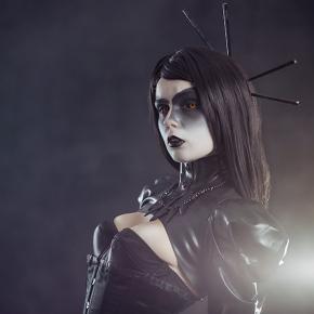 elisanth-black-magic-gothic-model