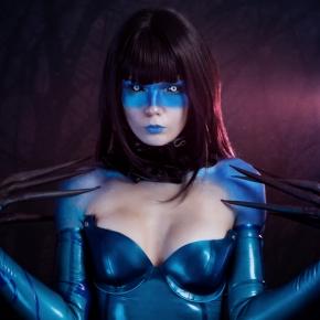 elisanth-halloween-horror-model