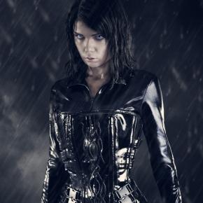elisanth-underworld-2-cosplay-model