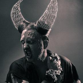 flexdreams-stanislav-istratov-trippy-weird-dark-photos-model