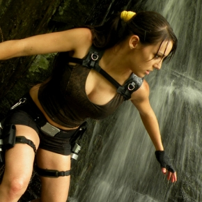 lara-croft-tomb-raider-illyne-cosplay