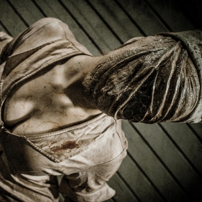 mike-rollerson-silent-hill-nurse-cosplay-photographer