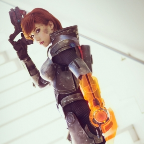 crystal-graziano-firefall-commander-cosplay-model