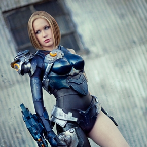 crystal-graziano-precious-cosplay-firefall-mourningstar-model