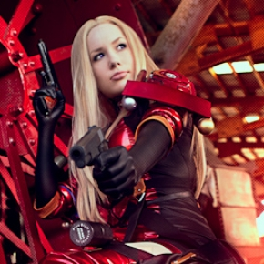 crystal-graziano-precious-cosplay-model-venus