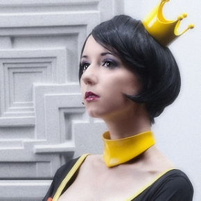 riddle-cosplay-model-hive