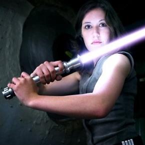 jaina-solo-cosplay-scruffy-rebel-starwars