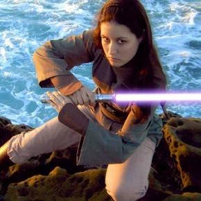 jaina-solo-cosplay-scruffy-rebel