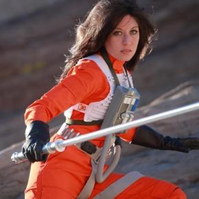 scruffy-rebel-starwars-female-x-wing-pilot
