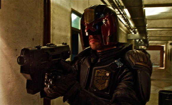 Karl Urban is the law - Dredd 2012