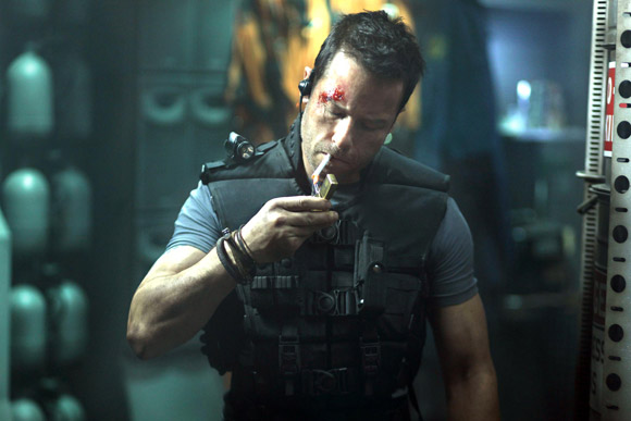 Guy Pearce Lockout 2012 Review
