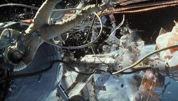 2014-gravity-space-debris