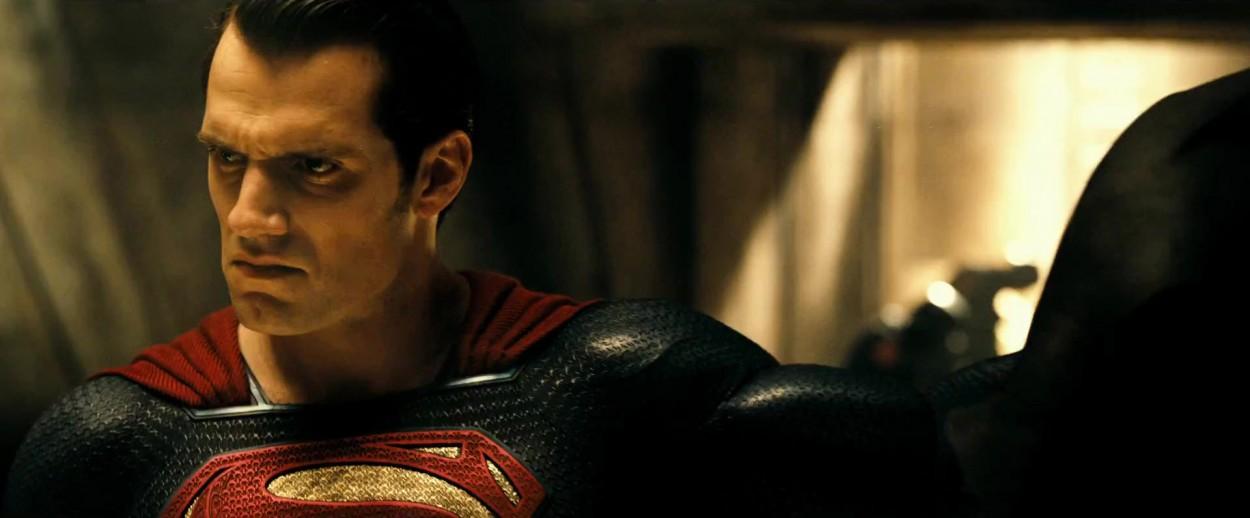 superman-vs-batman-trailer-new