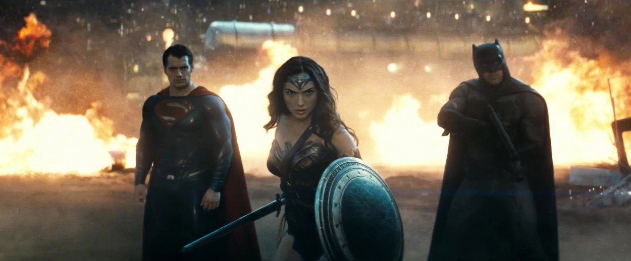superman-vs-batman-trailer-uk-new