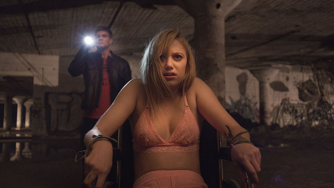 it-follows-uk-movie-review